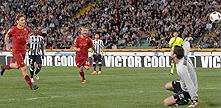 Udinese-Roma: rigore a cucchiaio di Totti ed è 0-1