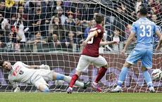 Roma-Napoli: il gol di Pjanic
