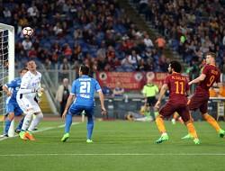 Roma-Empoli, doppietta per Dzeko e record giallorosso: 33 reti nella stessa stagione)