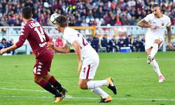 Torino-Roma: magia di Kolarov e record di vittorie esterne
