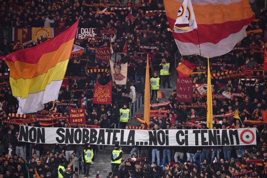 Roma-Entella: l'esortazione della Sud